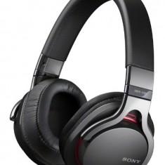 Sony-MDR-1RBTCE7-Casque-sans-fil-Bluetooth-30-Noir-0